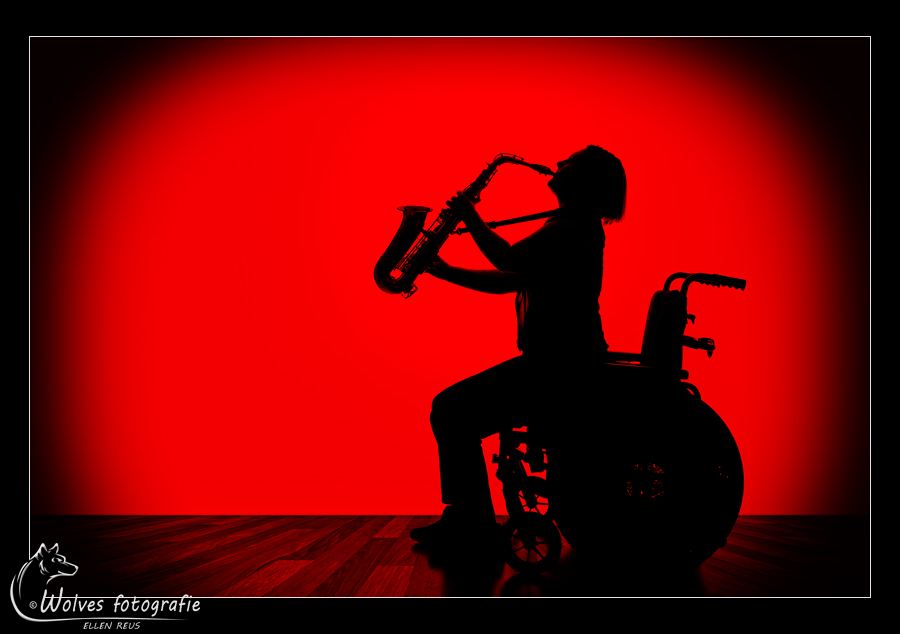 Wheelchair blues - Nominee in the 13th annual Photography Masters Cup in the category Silhouette - professionals - Silhouet fotografie - Portretfotografie - Door: Ellen Reus - Wolves fotografie