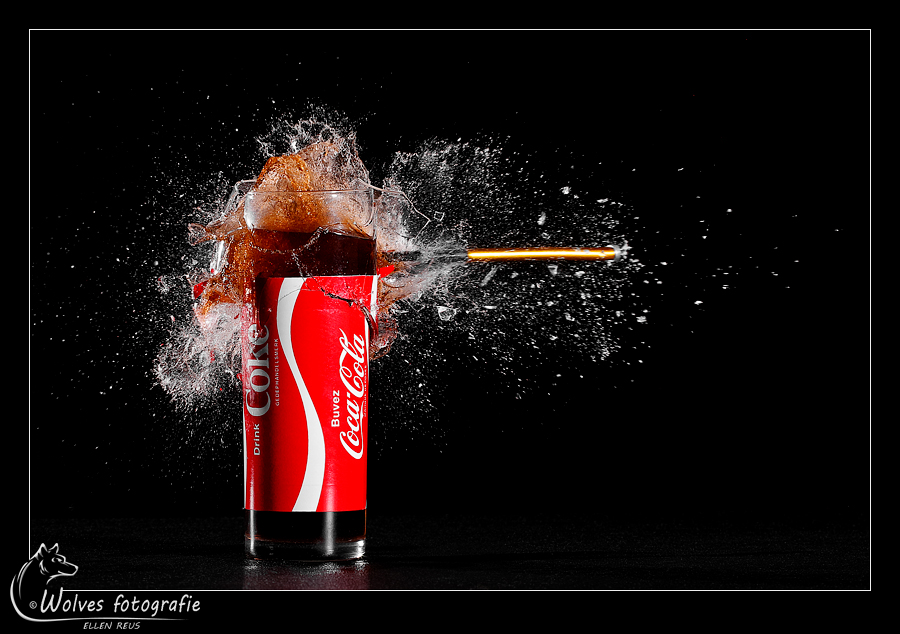 Coca Cola - Nominee in the 12th annual Photography Masters Cup in the category Food - professionals - high speed fotografie - Door: Ellen Reus - Wolves fotografie