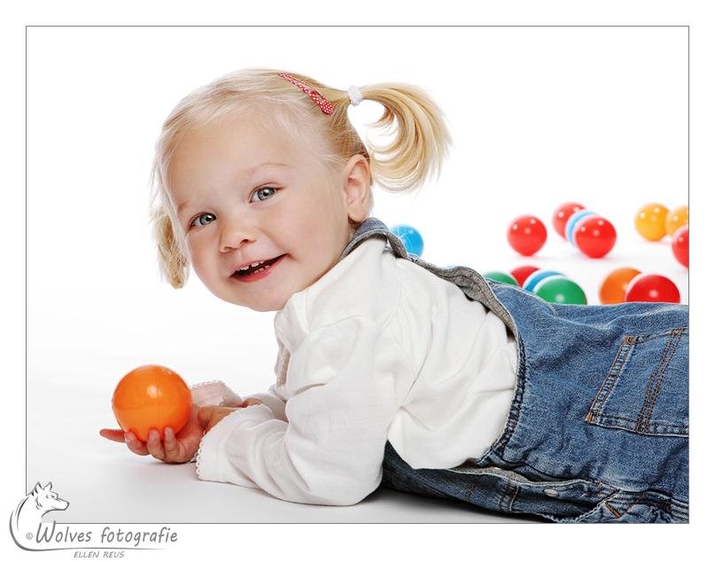 Eva - bijna 2 jaar oud - portretfotografie - kinderfotografie - Door: Ellen Reus - Wolves fotografie
