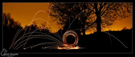 Vonkenregen - Lightpainting - licht-figuren-fotografie - Creatieve fotografie - Door: Ellen Reus - Wolves fotografie